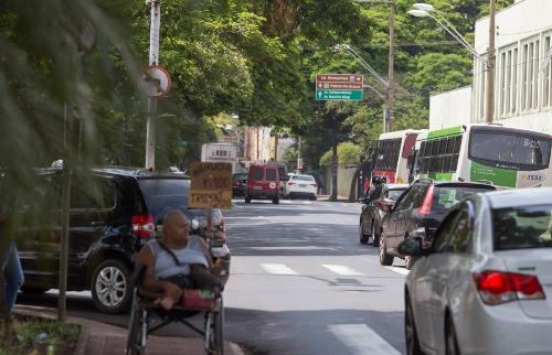 Weber Sian / A Cidade - Média de 29 acidentes por dia foi registrada no ano passado em Ribeirão