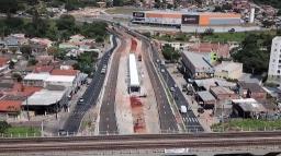 Obras do BRT interditam trecho da John Boyd neste sábado