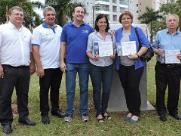 UFSCar inaugura Praça dos Pais e dos Filhos com plantio e homenagens