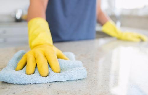Uma das vagas disponíveis é para auxiliar de limpeza - Foto: ACidade ON - Araraquara