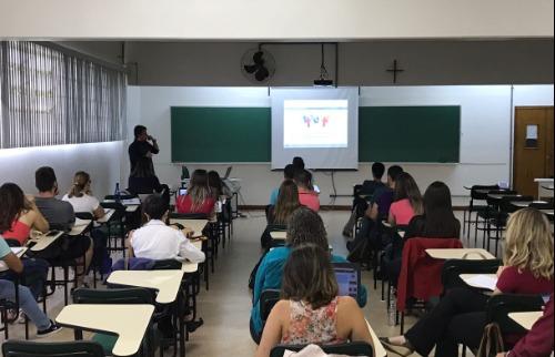 Estudantes durante aula na USF - Foto: Divulgação