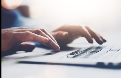 Usuário de internet no computador: presente e futuro - Foto: Divulgação