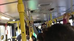 Usuários da linha 120 reclamam de atrasos e superlotação em ônibus