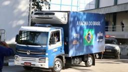 Novo lote de 1,5 milhão de doses da Coronavac é entregue pelo Butantan ao Ministério da Saúde