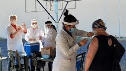 Araraquara retoma vacinação de profissionais da educação