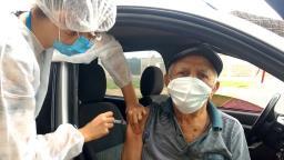 Com poucos efeitos colaterais, vacina é aliada para vencer pandemia