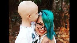 Vaquinha virtual é realizada para ajudar criança com câncer