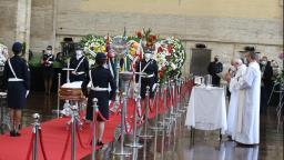 Familiares, políticos e apoiadores se despedem de Bruno Covas