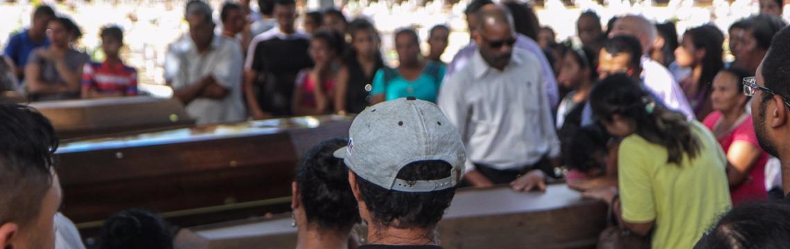 Velório e sepultamento foi no cemitério das Cruzes, em Araraquara (Foto: Amanda Rocha) - Foto: Da reportagem