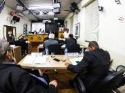 Vereador se diz constrangido por colega ir armado nas sessões da Câmara