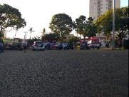 Homem ataca pms com faca e morre baleado na praça do Carmo