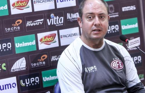 Vinicius Munhoz projeta ter ao menos dois jogadores por posição na Série D. (Foto: Amanda Rocha/ACidadeON) - Foto: Amanda Rocha