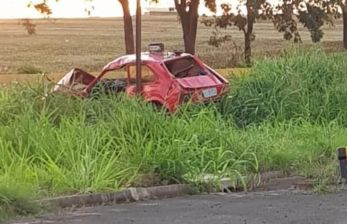 Vítima morreu após carro capotar em rodovia - Foto: Reprodução / Redes sociais