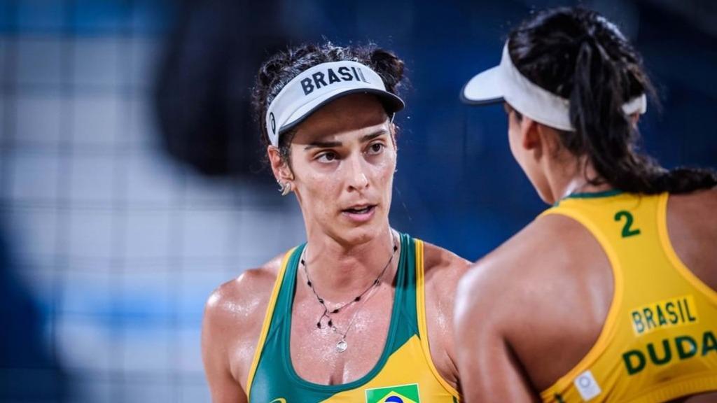 Ágatha e Duda sofreram primeira derrota nas Olimpíadas (Foto: FIVB) - Foto: FIVB