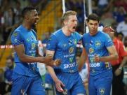 Em jogo de 5 sets, Vôlei Ribeirão vence a terceira na Superliga