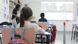 Prefeitura diminui para 1 metro distanciamento entre alunos em Campinas