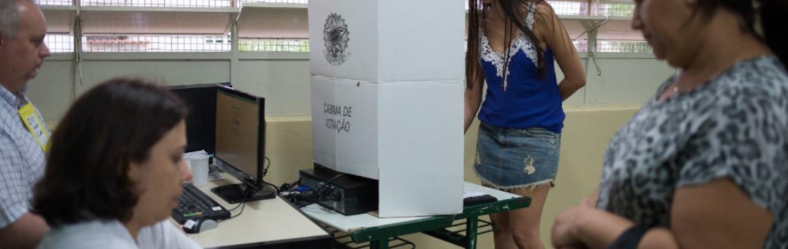 Cabine de votação da Justiça Eleitoral - Foto: F.L. Piton / A Cidade