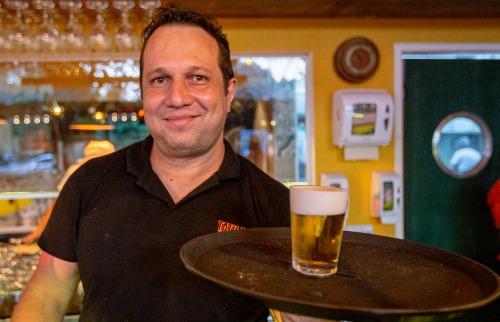 Wellington foi contratado por um bar que chegou em Ribeirão em outubro - Foto: Weber Sian / A Cidade