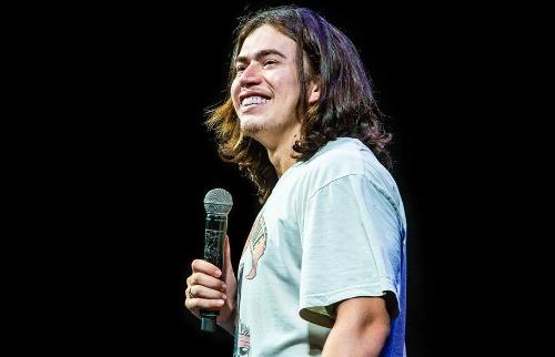 Humorista retornou aos palcos e apresenta nova turnê em Ribeirão em novembro (Foto: Reprodução - Rede Social). - Foto: Reprodução - Rede Social