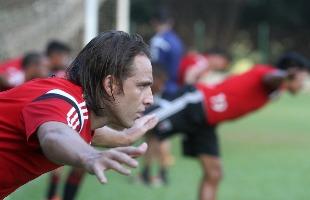 Matheus Urenha / A Cidade - Zotti tem ajudado no setor de criação, mas admite que Botafogo está abaixo nas finalizações (foto: Matheus Urenha / A Cidade)